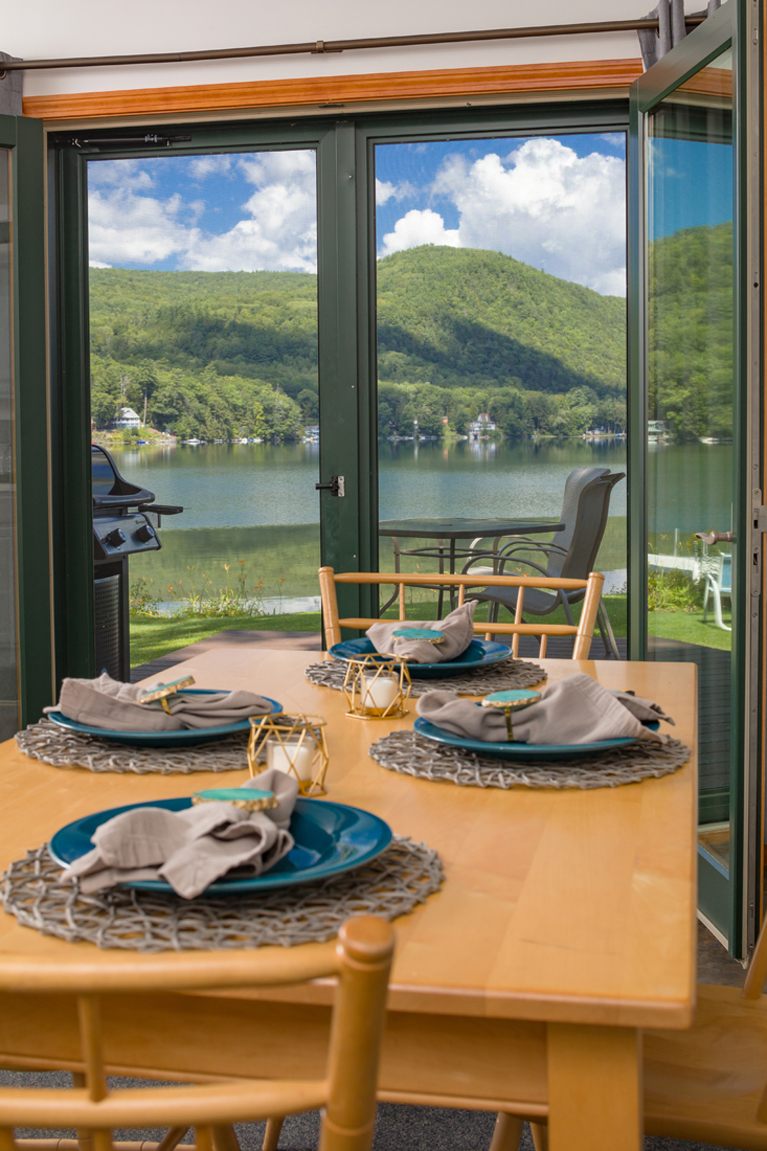 Lakeside Cottage_Dining